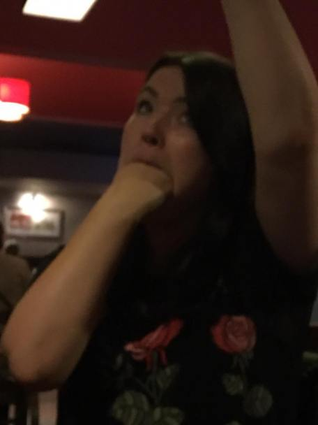 Manchester 2017: Michelle gives herself a good fisting.